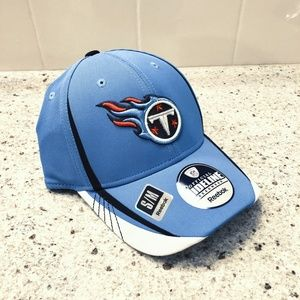 Tennessee Titans NFL Fitted Flex Hat Reebok - NWT!
